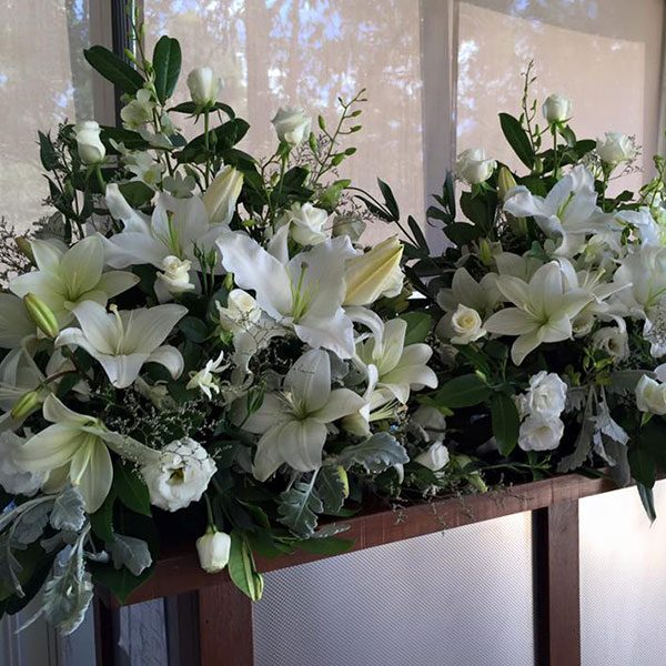 Wedding Hire Melbourne - Fresh Flower Arrangements for Pedestal Stands