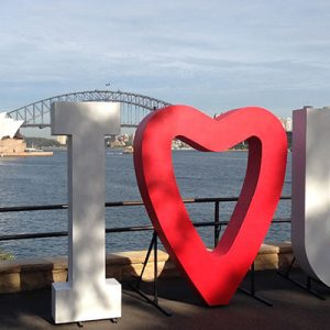 Wedding Hire Melbourne - Hire Giant I Heart U 2m High 02