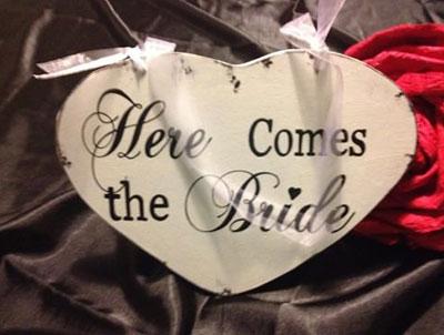 Wedding Hire Melbourne - Hire Here Comes The Bride
