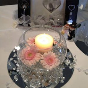 fishbowl vase hire-wedding-table-centerpiece