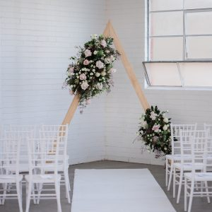 hire triangle arch melbourne
