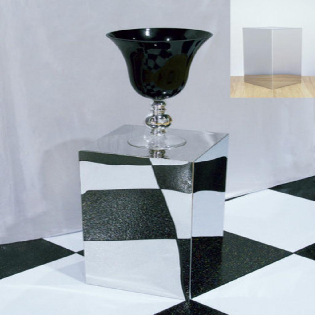 Hire Mirror Finish Pedestals