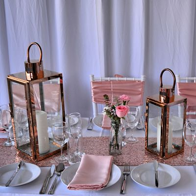 rose gold table decorations