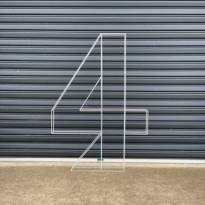 hire giant number 4 melbourne